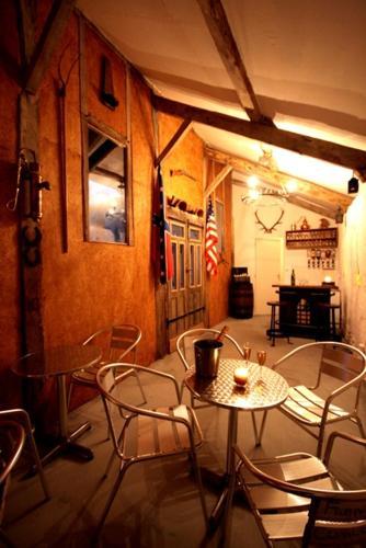 Naturist Hotel Peyraille : Guest accommodation near Blajan