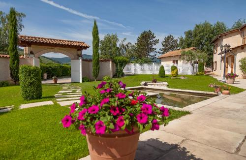 Les Potins du Four : Bed and Breakfast near Ranchal