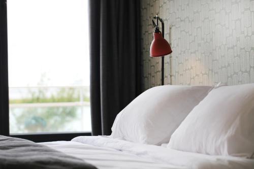 Dormir sur la Plage : Hotel near Hiers-Brouage
