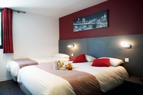 Best Hôtel Euromédecine : Hotel near Le Triadou