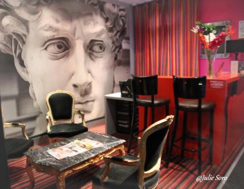 Hôtel Latino Reims Centre : Hotel near Boult-sur-Suippe