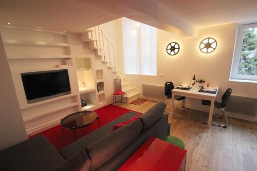Canal Saint Martin, Rue des Vinaigriers : Apartment near Paris 10e Arrondissement