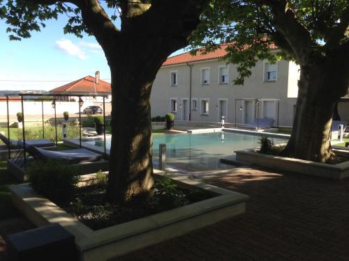Domaine Des 7 Fontaines : Hotel near Cour-et-Buis