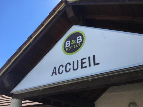 B&B Hôtel Chatellerault : Hotel near Coussay-les-Bois