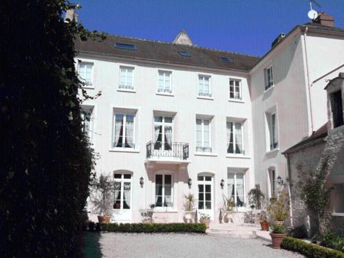 Le Clos Saint Martin : Bed and Breakfast near Hubert-Folie