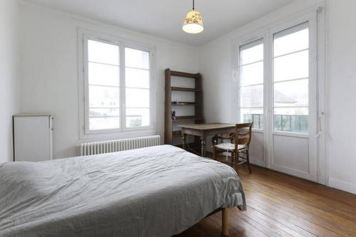 Chambres meublées chez l'habitant dans appartement proche gare sncf : Guest accommodation near Brenouille