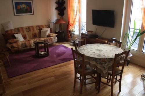 Appartement Petroff : Apartment near Saint-Mandé
