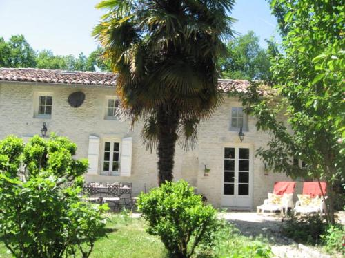 Gite du Calme : Bed and Breakfast near Rouffiac