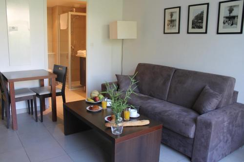 Residence Services Calypso Calanques Plage : Guest accommodation near Marseille 9e Arrondissement