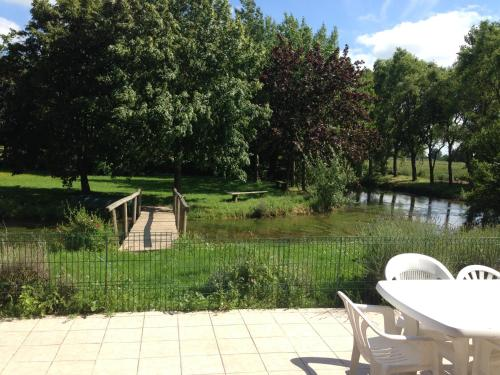 Gite Campagnard Proche De Bergues : Guest accommodation near West-Cappel
