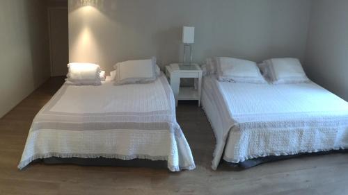 Les Chambres d'Hôtes d'Alice Dior : Guest accommodation near Ranchal