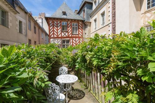 Au Bonheur des Dames : Apartment near L'Hermitage