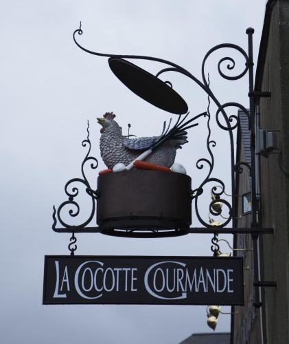 La Cocotte Gourmande : Hotel near Montreuil-sur-Lozon