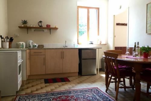 Le Gite de Châtaigne : Guest accommodation near Gouarec