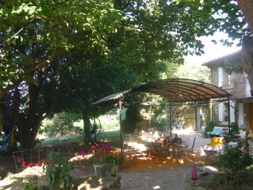 Le Mas de l'Evajade : Bed and Breakfast near Saint-Hippolyte-le-Graveyron