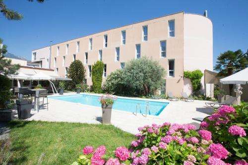 Best Western Hôtel-Restaurant Dauphitel : Hotel near Échirolles