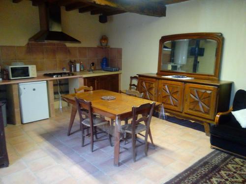 Production Fermière De La Blaye : Guest accommodation near Saint-Blancard