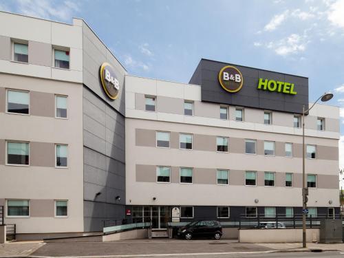 B&B Hôtel Reims Centre Gare : Hotel near Poilcourt-Sydney