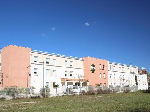 B&B Hôtel Marseille Aéroport Saint-Victoret : Hotel near Gignac-la-Nerthe
