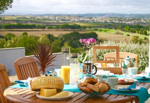 B&B Les Balcons de Maragon : Bed and Breakfast near Cazilhac