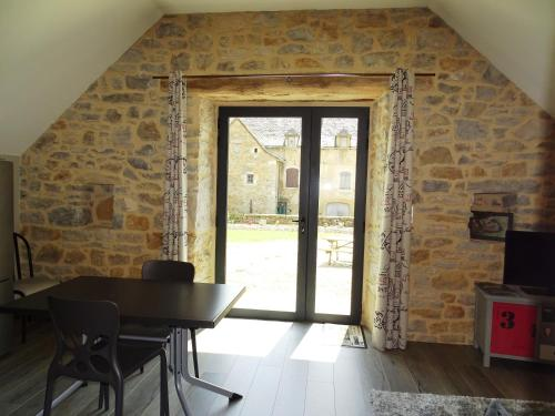 Gîte La Planhe : Guest accommodation near Agen-d'Aveyron