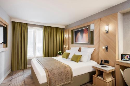 Best Western Premier Louvre Saint-Honoré : Hotel near Paris 1er Arrondissement
