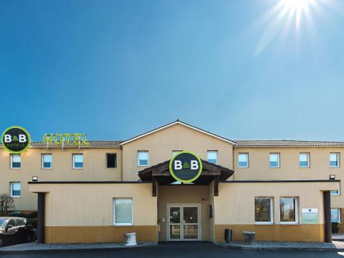 B&B Hôtel Brive-la-Gaillarde : Hotel near Larche