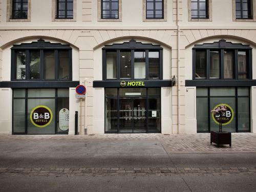 B&B Hôtel Castres Centre Gambetta : Hotel near Cuq