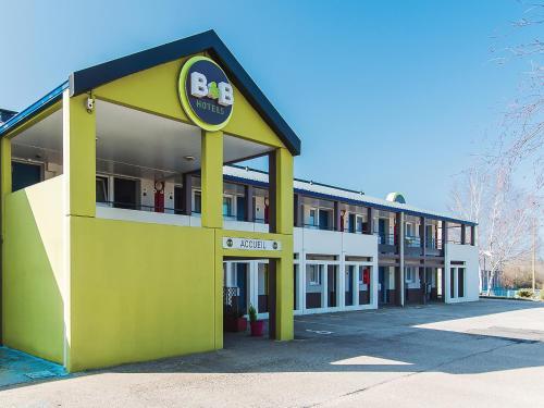 B&B Hôtel LIMOGES (2) : Hotel near Chaptelat