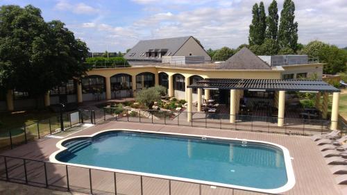 Hotel Le Paddock : Hotel near Azy-le-Vif