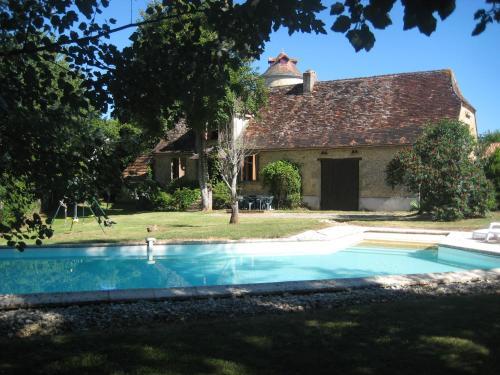 Le Limouzinat : Guest accommodation near Sainte-Alvère