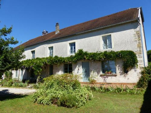 Le Tilleul de Ray : Bed and Breakfast near Pisseloup