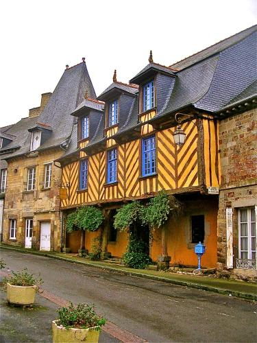 Logis de la Filanderie : Bed and Breakfast near Saint-Brieuc-des-Iffs
