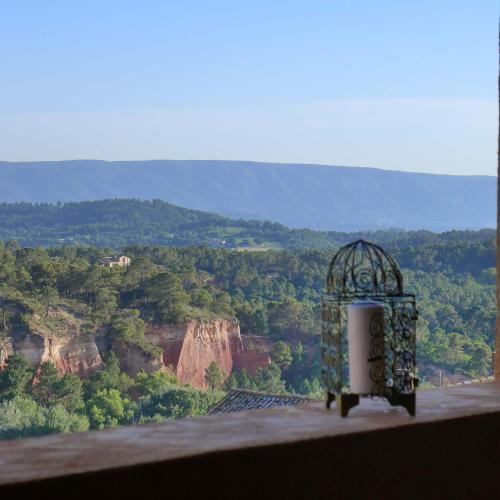 Une hirondelle en Provence : Guest accommodation near Roussillon