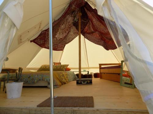 La Tente Hippie Chic : Guest accommodation near Dannemoine