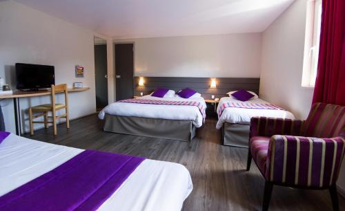 Kyriad Orthez : Hotel near Cazalis
