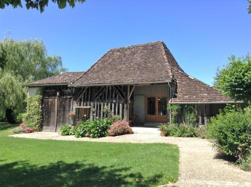 Chez le Vigneron : Guest accommodation near Fraisse