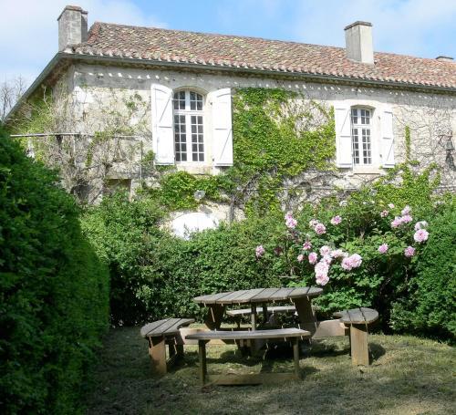 Le Gobelin : Apartment near Belvèze