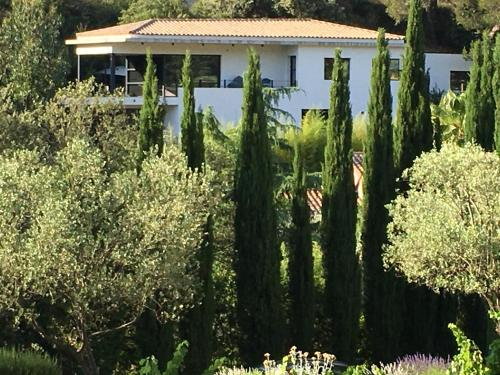 Villa Canadeau : Guest accommodation near Évenos