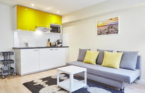 Renovated Apt close to Bastille. Sleeps 4 : Apartment near Paris 11e Arrondissement