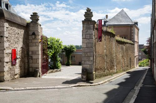 Hôtellerie Saint Yves : Hotel near Saint-Martin-de-Nigelles