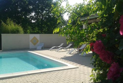 La clé des Champs : Guest accommodation near Saint-Vincent-sur-l'Isle