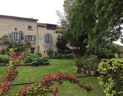 Pauliac Chambres D'Hôtes : Bed and Breakfast near Gout-Rossignol