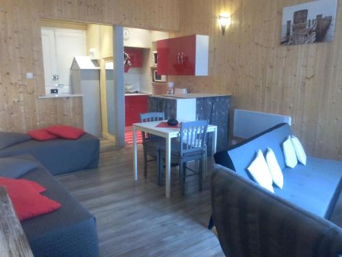 Appartement du Lac : Apartment near Saires-la-Verrerie