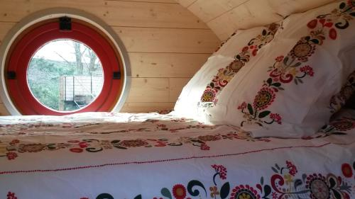 Les Gîtes de l'Ecole Buissonnière : Guest accommodation near Vaudricourt
