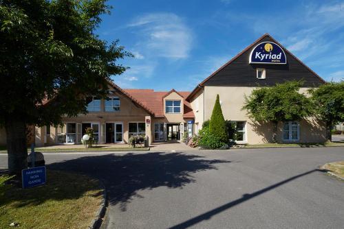 Hôtel Kyriad Vernon / Saint Marcel : Hotel near Douains