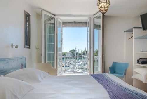 Hotel La Marine : Hotel near La Rochelle