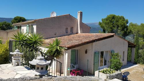 Villa Peymeinade : Guest accommodation near Tanneron