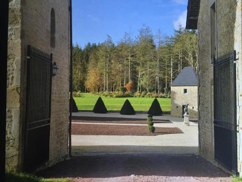 La Grange du Manoir de Cleronde : Guest accommodation near Bricqueville