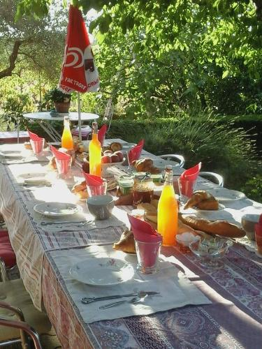 Vents d'Anges : Bed and Breakfast near Rochegude